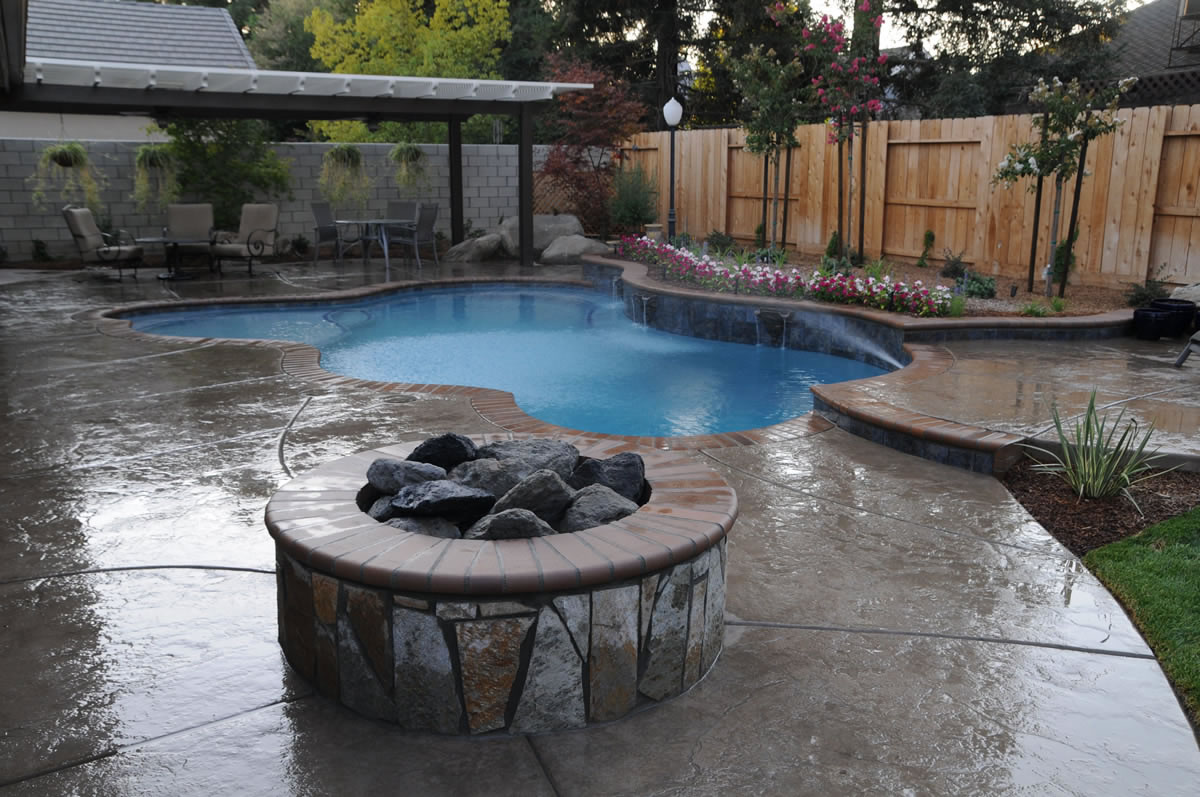 Patios, BBQ Island, Firepit Backyard Options Backyard Pools ...