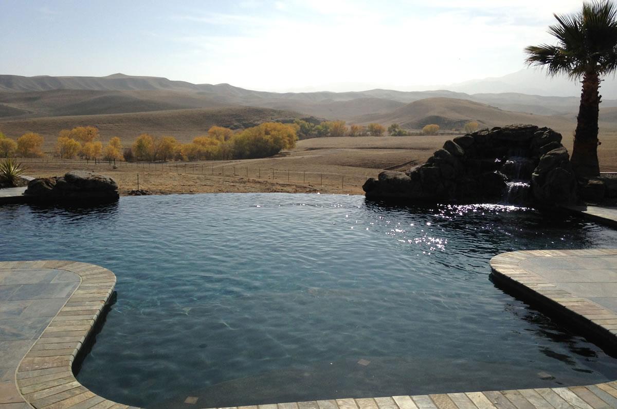 Coalinga Hills Infinity Edge Pool Design Paradise Pools